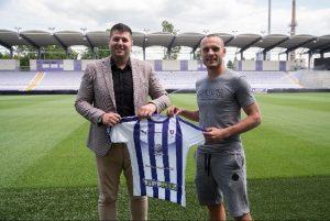 Dvojica srpskih fudbalera potpisali za Mađare